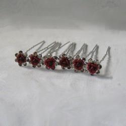 Punaiset ruusupinnit...
