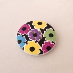 Värikäs kukkakuvioinen nappi